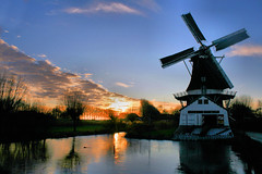 Saw Mill  Fram (TeunisHaveman) Tags: dutchlight hollandslicht light licht netherlands nederland sky lucht landschap landscape buiten outdoor dutchlandscape dutchsky luchten reflections water weerspeigelingen reflecties