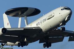 EHWO 6-1-2017 (2) E-3A AWAC LX-N90448 (Goldenflyer) Tags: ehwo 612017 1 e3a awac lxn90448 nato sentry goldenflyer corne goud nikon d2x nikkor landing close up sky woensdrecht runway 07 nato40