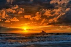 The Sun Sets on 2016 (Philip Kuntz) Tags: 2017 2016 newyear happynewyear sunset sundown rialtobeach beach olympicnationalpark washington