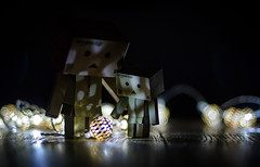 Little lights. (Matt_Briston) Tags: danbo christmas robot lights matt cooper nikon d7000