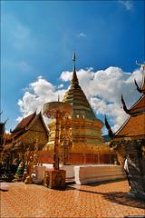 Wat Phrathat Doi Suthep (TOMMY AU PHOTO) Tags: watphrathatdoisuthep watdoisuthep temple gold statues buddhist buddhism buddha clouds blue sky catchycolorsblue chiangmai thailand