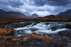 Sligachan River (Antonio Carrillo (Ancalop)) Tags: sunset mountains skye canon atardecer scotland soft escocia 09 lee antonio isle 1740mm carrillo montaas density ecosse neutral cuillin gradual canon1740mmf4l neutra gnd densidad glensligachan sligachanriver 5dmarkii highlads ancalop lucroit leesoft09gnd wwwantoniocarrillocom