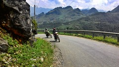 Ride across one of the highest mountain passes in Vietnam, Dong Van Karst plateu Ha Giang. #advrider #travel #travelvietnam #motographer #rider (zaki.abd) Tags: travel rider travelvietnam advrider motographer