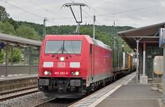 185 283 Passes Remagen (TheJRB) Tags: station electric train rail railway zug loco trains db rails locomotive deutschebahn bahn 185 rheinlandpfalz lokomotive bombardier lok zge traxx remagen gterzug elok rhinelandpalatinate br185 baureihe185 185283
