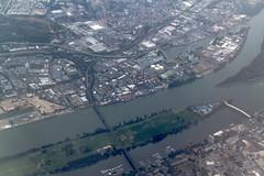 Rhein bei Wiesbaden aus der Luft
