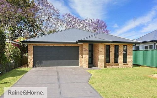 34 Terry Av, Woy Woy NSW 2256
