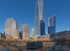Ground Zero (..Javier Parigini) Tags: usa unitedstates estadosunidos newyork newyorkcity manhattan nyc nuevayork groundzero oneworldtradecenter xmasspirit xmas navidad espíritunavideño christmas christmasspirit onu o nikon nikkor d800 1424mm f28 flickr javierparigini 11s