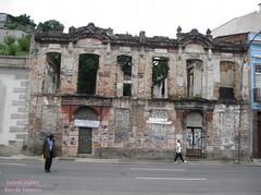 Abandono (Janos Graber) Tags: abandono imóvel sobrado ruína riodejaneiro pessoas homens ruacamerino