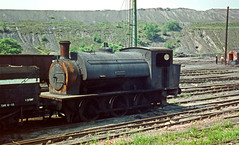 Newstead NCB Woolley Coll 02. 06. 1971 (John-Sydney-Han) Tags: newstead he1589 hunsletenginecoltd woolleycolliery ncb uksteam
