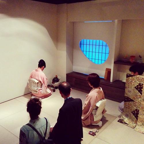 #japaneseart #nycgallery #teaceremony #artopening