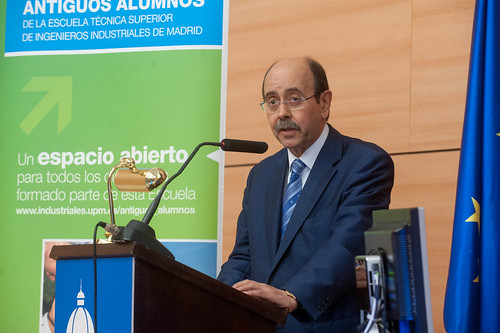 """Premios Antiguos Alumnos 2015 • <a style=""""font-size:0.8em;"""" href=""""http://www.flickr.com/photos/61278771@N07/18458744576/"""" target=""""_blank"""">View on Flickr</a>"""