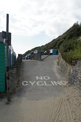 Manor Zig Zag, Boscombe, Bournemouth, Dorset (Alwyn Ladell) Tags: dorset bournemouth beachhuts zigzag boscombe manorzigzag