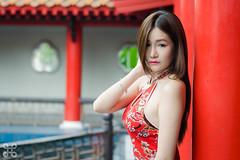 Naomi - CG - 019 (jasonlcs2008) Tags: red woman sexy girl beautiful fashion lady wonderful pose nice model singapore photoshoot modeling outdoor good sunny naomi chinesegarden tight poses 2015 naomiliu jasonlcs