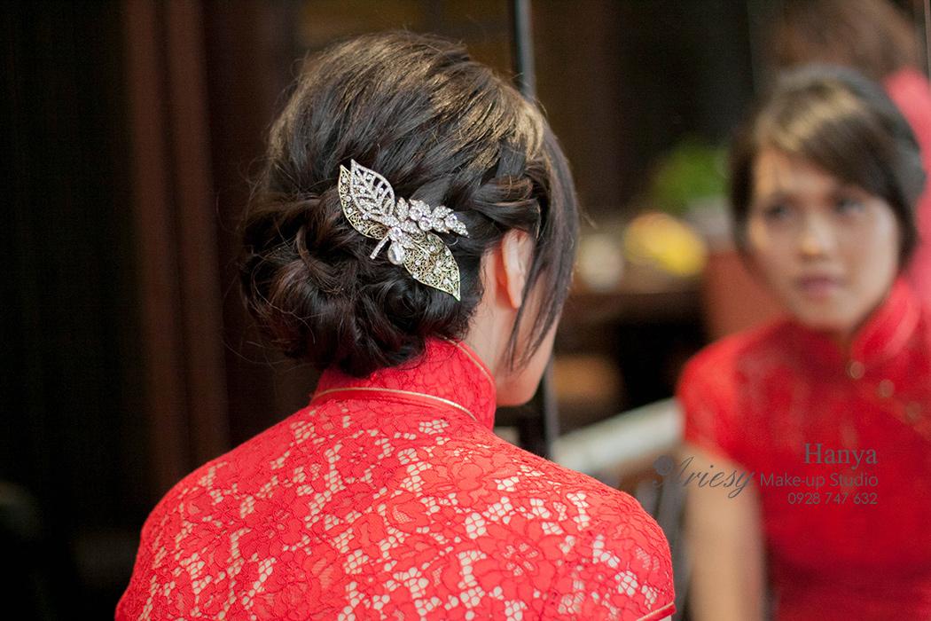 愛瑞思造型團隊,造型師Hanya,台北新秘,新娘秘書,新娘造型,旗袍造型,手工復古飾品,圓山大飯店,蓬鬆編髮,新秘推薦