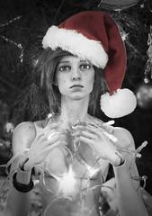Noooo Christmas is Over! D: (zoziebrown) Tags: 5thmotif 5thmotifvenitu venitu fifthmotif dollshegreyskin bjd balljointeddoll abjd nite christmas christmashat