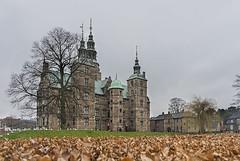 Rosenborg Castle (juliold1982) Tags: sony alpha sonya7ii sonya7m2 sonya7 sonyalpha fe2870 sel2870 ilce ilcea7m2 ilce7mk2 fullframe landscape palace palacio castillo castle rosenborg