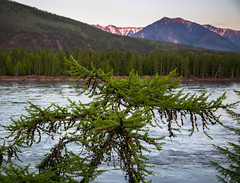 Indigirka River (vikalga) Tags: canon6d expedition2016 landscape spring mountain river sky tree ð»ðμñ экспедиция2016 горы дерево закат индигирка лес небо