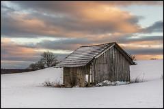 the abandoned barn (Der Zeit die Augenblicke stehlen) Tags: bäume deutschland eos700d eis feld hth56 haus landscape landschaft scheune schnee thomashesse thüringen winter barn eigenrieden field rodeberg snow trees