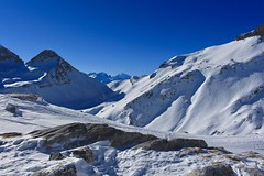 col du Fénestral (bulbocode909) Tags: valais suisse ovronnaz coldufénestral montagnes nature hiver neige bleu sixdudoe tsantonnaire