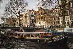 Enjoying the ride ⛴💨💨💨 (farflungistan) Tags: ifttt instagram brouwersgracht amsterdamcanals holland netherlands nederland