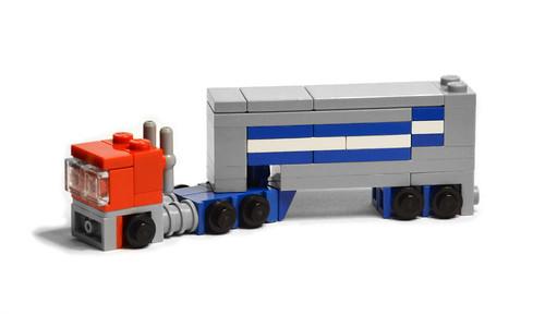 LEGO Mini Optimus Prime - Truck Mode