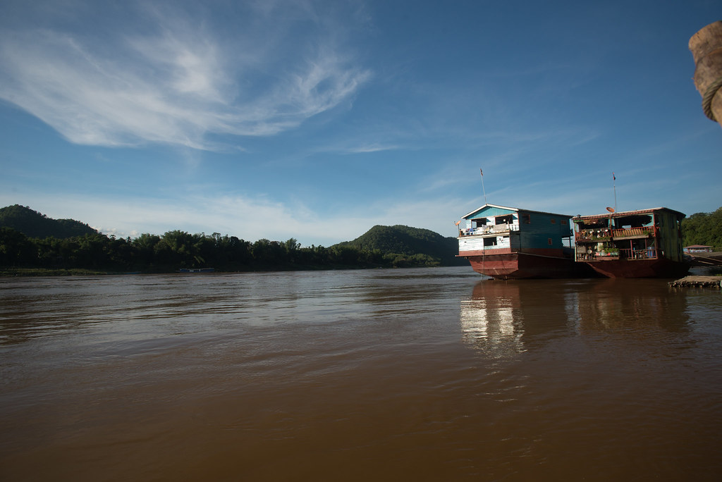 Mekong ships