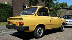 Volvo 66 1.1 DL (sjoerd.wijsman) Tags: auto holland cars netherlands car yellow sedan jaune volvo nederland thenetherlands delft voiture 66 gelb holanda autos saloon geel paysbas berline olanda fahrzeug niederlande zuidholland onk carspotting yellowcars berlina volvo66 carspot stufenheck sidecode4 gx47lt 21072015