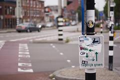 Gelijk oversteken (Arend Jan Wonink) Tags: cycling sticker bokeh groningen aufkleber fiets damsterdiep illegaal geenmensisillegaal urbanvibe gelijkgroen
