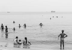 @Agni Theertham,Rameswaram. (vjisin) Tags: rameswaram india asia tamilnadu incredibleindia outdoor sea indianocean streetphotography street indianstreetphotography indianculture agnitheertham pilgrims bath soul peace sacred sacredness hinduritual culture