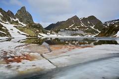Lago Tremorgio - Lago e capanna Leìt - Leventina (Photo by Lele) Tags: panorama mountain alps landscape lago ticino swiss natura alpini alp alpi funivia montagna ghiaccio capanna leit svizzere laghetti tremorgio