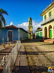 Trinidad (Photo.rfd) Tags: ciudad trinidad sanctispíritus cuba cu villa cielo sky nubes clouds azul blue amarillo yellow verde green torre tower
