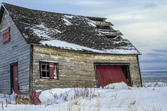 Eaten by Snow (Danny VB) Tags: canon 7d house snow winter cold neige hiver froid shutters roof ocean atlantic gaspesie quebec canada december newyeareve sigma 30mm 30mm14
