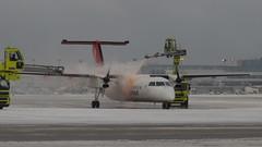 PC180324 TRUDEAU (hex1952) Tags: yul trudeau deicing inuit airinuit dash8 dhc8 dash bombardier