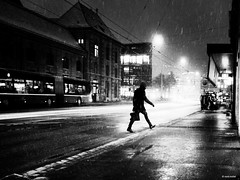 A bad,wet day (René Mollet) Tags: wet snow snowfall rain raindown night nightshot nightwalker basel blackandwhite monchrom monochromphotographie monochrom street streetphotography shadow silhouette han