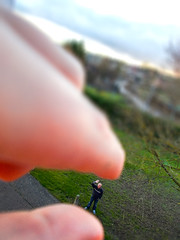 5/52 Tilt Shift. (Suggsys Girl) Tags: nikon a10 coolpix 52weekproject 552 52weeksthe2017edition week52017 weekstartingsundayjanuary292017 tiltshift miniature small micro fingers holding