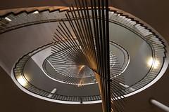 Kinetic Art (michael_hamburg69) Tags: düsseldorf germany deutschland landeshauptstadt nordrheinwestfalen nrw stairs treppe treppenaufgang treppenauge fürstenwall100 albrechtdürerschule berufskolleg objekt metall metal kinetik wellenkinetik kineticart mechanischewellen