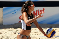 PG0O3754_R.Varadi_R.Varadi (Robi33) Tags: show summer game sport ball court switzerland sand play action competition basel victory player beachvolleyball international block umpire viewers