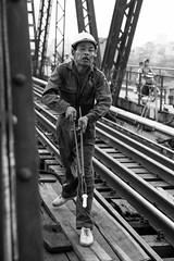 Long Bien bridge 5 (Georg Dombrowski) Tags: blackandwhite bw noir steel streetphotography vietnam sw bolts hanoi brücke rost corrosion reconstruction stahl vn korrosion bolzen hànội longbienbridge schwarzundweis instanthaltung