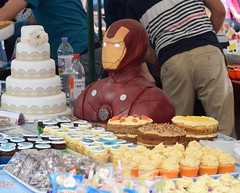 Looby Loo Cakes with Iron Man