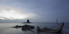 Admiral Von Tromp wreck (Jonathon Tattersall 91) Tags: longexposure seascape canon landscape ship yorkshire north shipwreck whitby longshutter landscapephotography saltwick