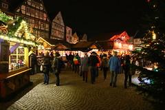IMG_0280 Weihnachtsmarkt in Celle (Wallus2010) Tags: weihnachtsmarkt celle germany canon eos70d tamron 16300 pzd b016 nachtaufnahme weitwinkel