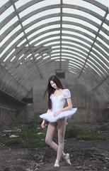 Unprotected dancer (javivi_still) Tags: beauty beautiful dancer sweet ballet fragile faint unprotected light