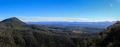 Vue du Petit Bessillon (vers le Massif des Maures, Cuers) (sébastien zuber) Tags: var montagne pontevès bessillon occitanie provence verte paysage