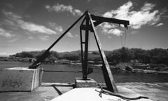 water lift (bc50099) Tags: leicam4 wate wideangletrielmar kentmere400 xtol11rodinal11008minutes20degreesc hawaii bigisland outdoors blackandwhite clouds water