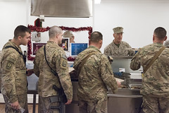 161225-D-PB383-024 (Chairman of the Joint Chiefs of Staff) Tags: 19thcjcs generaldunford joedunford chairman jointstaff marines josephfdunfordjr josephfdunford usmc marinecorps uso andrewsairforcebase