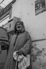 Old Man. (Robert Mehlan - Munich) Tags: marokko man blackwhite portessaouira bw afrika streetphotography mann ef24105mmf4lusm canon5dmkii schwarzweis sw street essaouira robertmehlan