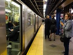 201610099 New York City subway station '59th Street – Columbus Circle' (taigatrommelchen) Tags: 20161043 usa ny newyork newyorkcity nyc manhattan columbuscircle midtown central perspective icon urban railway railroad mass transit subway tunnel station train mta r32