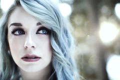 Serena (Liz Osban Photography) Tags: lizosbanphotography cheyennewyoming blue hair frozen portrait dreamy cold moody light bella kotak preset action canon 5d mark iii 50 12