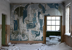 Picnic in the snow (I g o r ь) Tags: abandoned decay decayed rust urban forgotten lostplaces urbanexploration ussr cccp sovietunion murals sozrealismus socialrealism