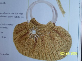 Free Crochet Pattern Fat Bottom Bag : Ravelry: Fat Bottom Bag pattern by Julie Armstrong Holetz